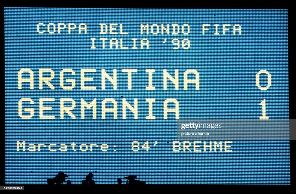 Soccer World Cup Final 1990: Argentina vs. Germany 0-1 : News Photo