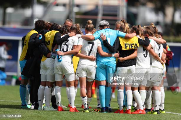 The Germany team huddle after the FIFA U20 Women's World Cup France 2018 group D match between Germany and China PR on August 9 2018 in SaintMalo...