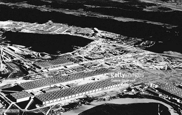 The giant 44 acre K25 plant in Oak Ridge Tennessee USA where the uranium for the first atomic weapon was produced 1945 The town of Oak Ridge was...