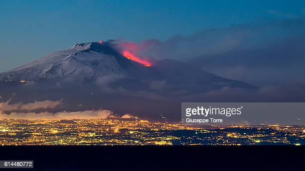 the giant - mt etna stock pictures, royalty-free photos & images