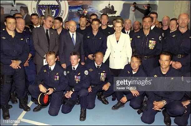 The GIGN celebrates its 30 years in Satory France on June 15 2004 Michele AlliotMarie and GIGN members