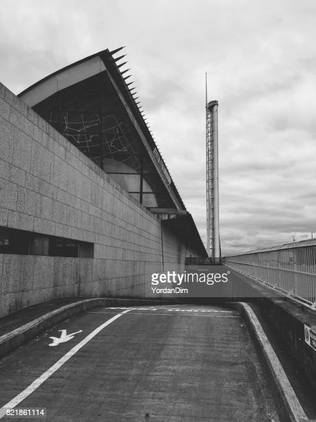 the glasgow science museum and the record holding glasgow tower - opslagmedia voor analoge audio stockfoto's en -beelden