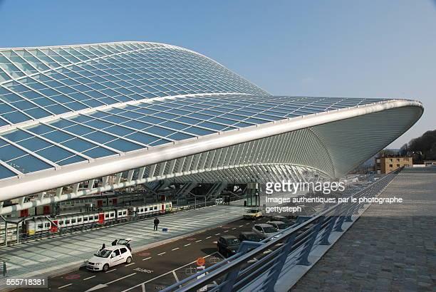 the glass roof structure - liège imagens e fotografias de stock
