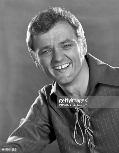 The Glen Campbell Goodtime Hour, the CBS television music and variety show. Portrait of musician Jerry Reed. He is a show regular. Los Angeles, CA....