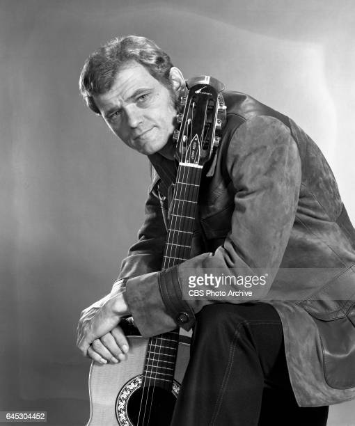 The Glen Campbell Goodtime Hour, the CBS television music and variety show. Portrait of musician Jerry Reed with . He is a show regular. Los Angeles,...