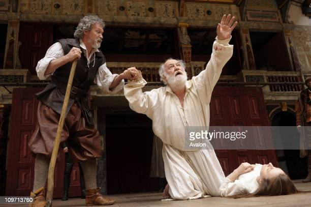 The Globe in London performs its production of William Shakespeare's King Lear Shakespeare Globe London Photo Shows On stage Paul Copley Kent and...