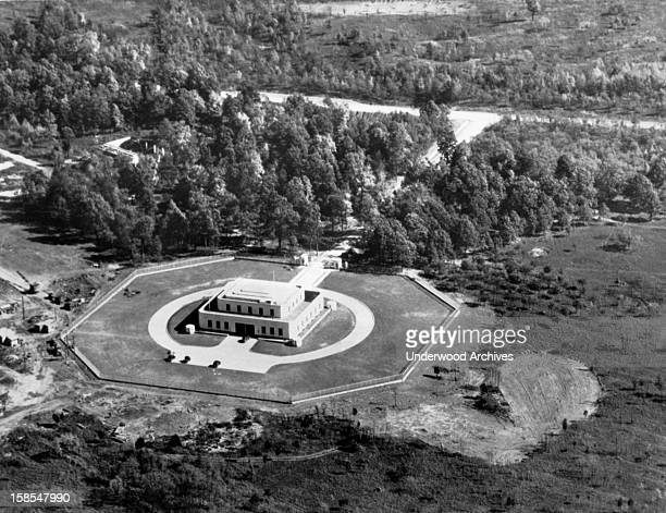The gold repository at Fort Knox Kentucky September 3 1947 Foreign Secretary Ernest Bevin called on the United States today to redistribute the vast...