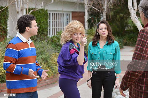 THE GOLDBERGS The Goldbergs stars Wendi McLendonCovey as Beverly Jeff Garlin as Murray George Segal as Pops Hayley Orrantia as Erica Sean Giambrone...