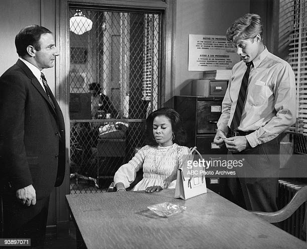 D 'The Golden Fleece' 11/26/68 Ted Beniades Hope Clark Frank Converse on the ABC Television Network drama 'NYPD' The three detectives fight every...