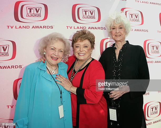 The Golden Girls actresses Betty White Rue McClanahan and Beatrice Arthur arrive at the 6th annual TV Land Awards held at Barker Hangar on June 8...