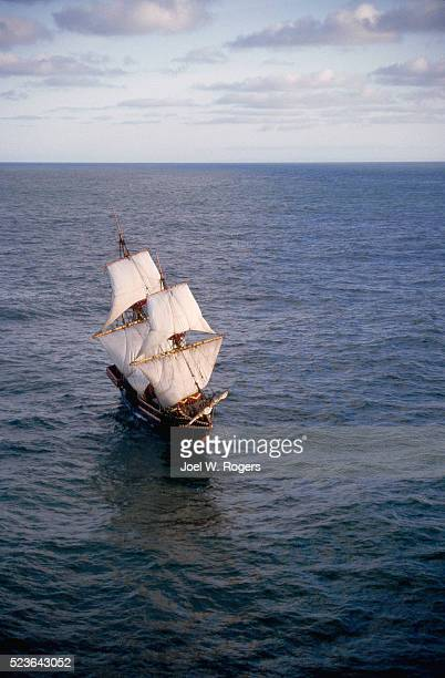 the golden hinde sails the pacific - golden hind ship stock photos and pictures