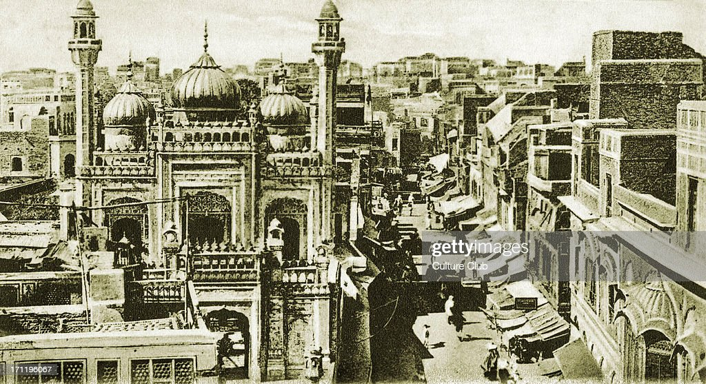 The Golden Mosque in Lahore early 20th century suurounded by bazaars India / Pakistan / Indian Empire Built in 1753 by Nawab Syed Bhikari Khan Bazaar.