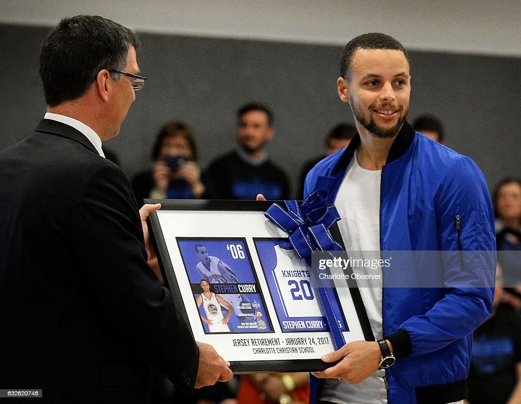 dc79c1f60 Warriors  Curry has high school number retired   News Photo