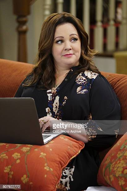 'The Good Wife' Molly's leisurely activities in between novels becomes an issue with Mike as he wants her to be the perfect homemaker on MIKE MOLLY...
