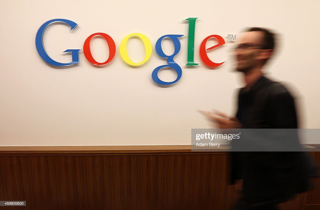 Google Chief Economist Hal Varian Speaks To The Media : News Photo
