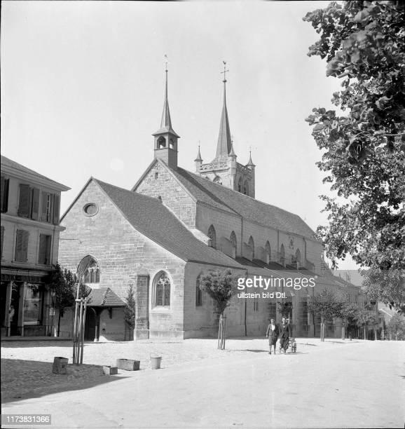 The gothic church Notre-Dame-de-l'Assomption in Romont 1942Romont 1942