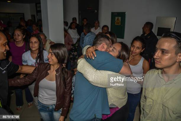 The government of President Nicolas Maduro announced the release of 69 political prisoners This release seeks to maintain the dialogue as a way to...