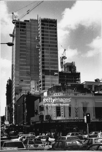 The Grace Building The StrandDavid Archibald L J Hooker Alan Patching with Building Sine April 11 1989