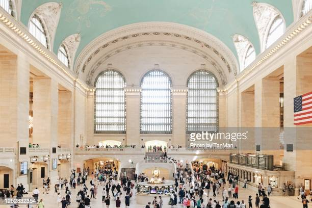 the grand central station - grand central station manhattan stock pictures, royalty-free photos & images