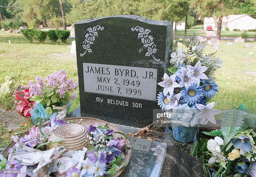 IN MEMORY OF A RACIST CRIME IN JASPER, TEXAS : News Photo