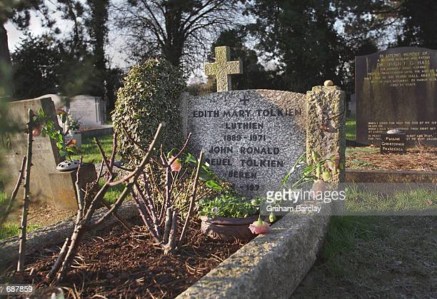 The grave of ''Lord of the Rings'' author JRR Tolkien and his wife Edith December 15 2001 at a cemetery in Oxford England The first movie of the...