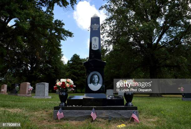 The grave of Philando Castile at Calvary Cemetery in St. Louis on the one-year anniversary of his death on Thursday, July 6, 2017.