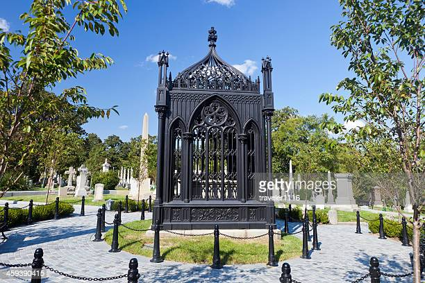 the grave of president james monroe - james monroe us president stock pictures, royalty-free photos & images