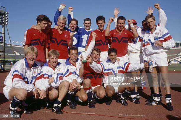 The Great Britain team celebrates after defeating Germany 31 in the Men's Field Hockey final at the XXIV Summer Olympic Games on 1st October 1988 at...