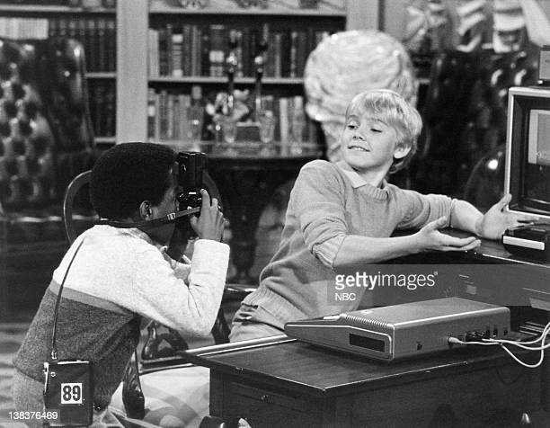 SPOONS 'The Great Computer Caper' Episode 7 Pictured Gary Coleman as Arnold Jackson Rick Schroder as Richard Bluedhorn Stratton
