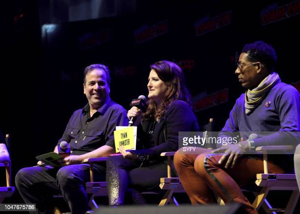 CON 'The Great Debate' Pictured Jimmy Palmiotti Amanda Connor Orlando Jones