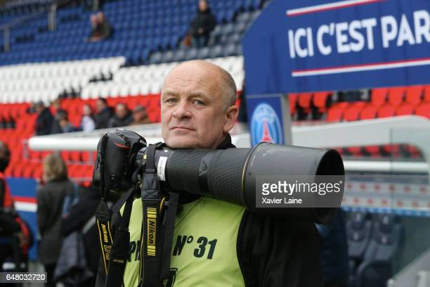 The great photographer Franck Fife of Agence France Presse attends the French Ligue 1 match between Paris SaintGermain and AS NancyLorraine at Parc...