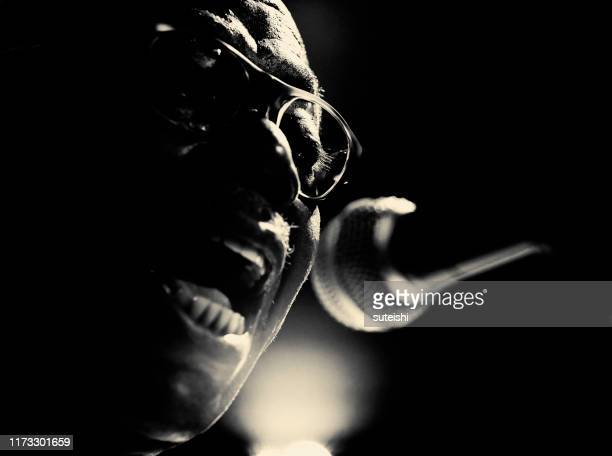 the great singer - soul, jazz and funk - soul music stock pictures, royalty-free photos & images