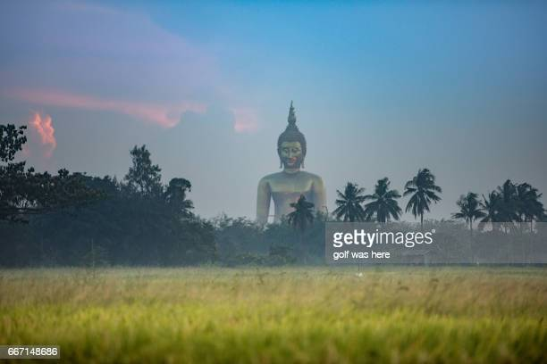 the greatest and biggest buddha in thailand - biggest stock pictures, royalty-free photos & images