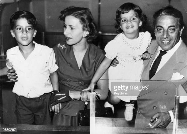 The Greek shipping magnate Aristotle Onassis with his first wife Athina and children Alexander and Christina Original Publication People Disc HG0230