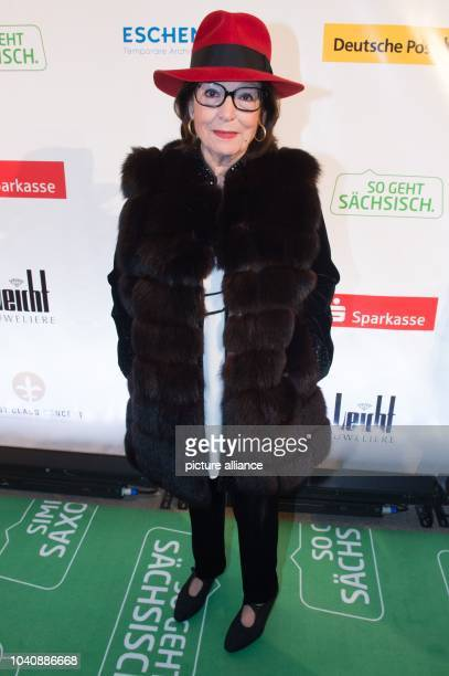 The Greek singer Nana Mouskouri arrives at the 11th Hope Gala in Dresden Germany 12 November 2016 The gala will honour people who have distinguished...