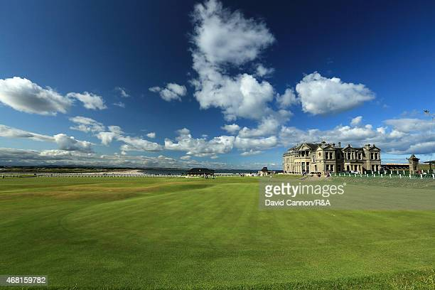 The green and the RA Clubhouse on par 4 18th hole on the Old Course in St Andrews on July 29 2014 in St Andrews Scotland