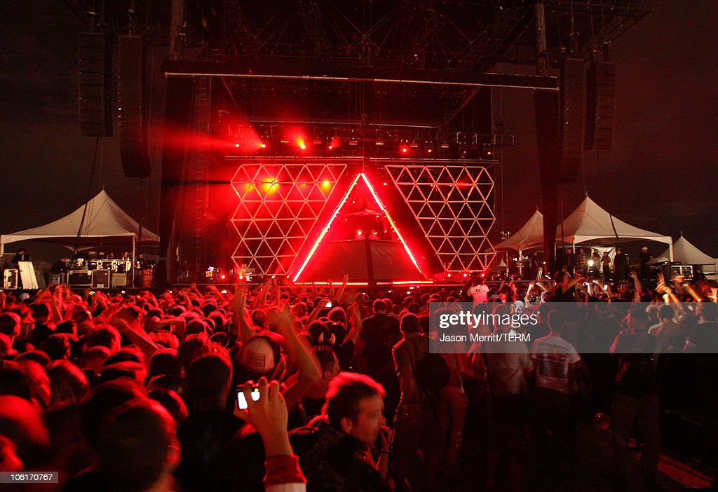 The group 'Daft Punk' performs during the Vegoose Music Festival 2007 at Sam Boyd Stadium on October 27, 2007 in Las Vegas, Nevada.