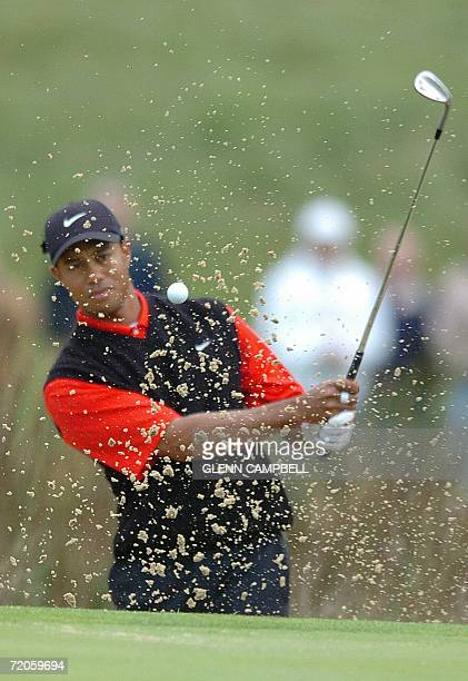 The Grove, UNITED KINGDOM: US Tiger Woods appears during the fourth round of the American Express Championship, which he won for a fifth time, at The...