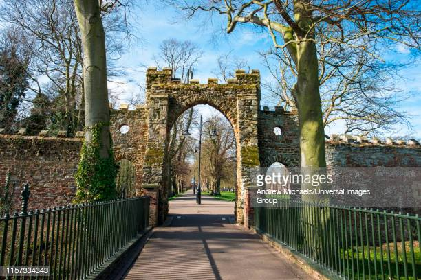 the guannock gate in the walks in kings lynn, was originally part of the towns defenses. norfolk, england, uk. - king's lynn stock pictures, royalty-free photos & images