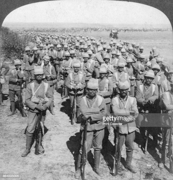 The Guards Brigade on the march to Kroonstadt South Africa Boer War 1900 Stereoscopic card Detail