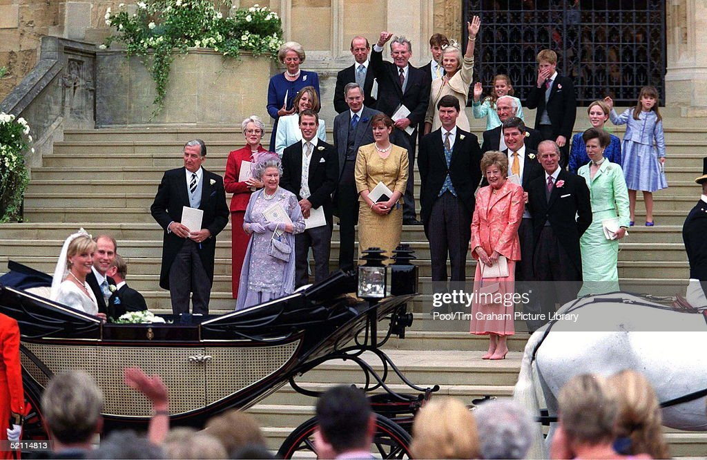 The Guests Standing On The Steps Of St. George's Chapel As Prince Edward And Sophie Rhys-jones Depart.