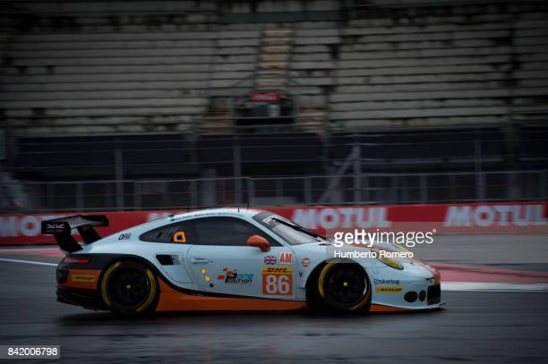 The Gulf Racing Team competes during practice for the FIA World Endurance Championship at Hermanos Rodriguez Race Track on September 02 2017 in...