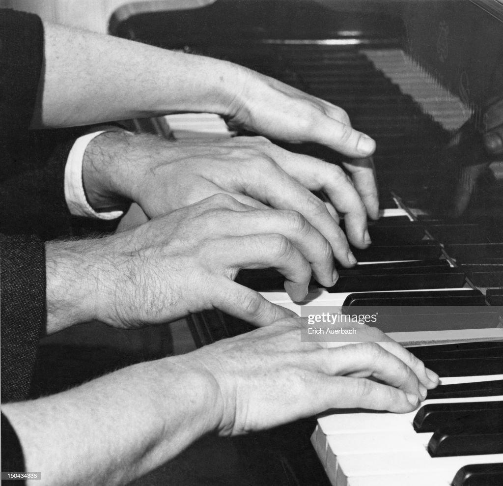 Hands Of Ryce And Menuhin : News Photo