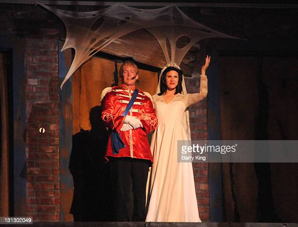 The Hanging show spoof of Prince William, Duke of Cambridge and Catherine, Duchess of Cambridge at Knott's Scary Farm Halloween Haunt on October 27,...