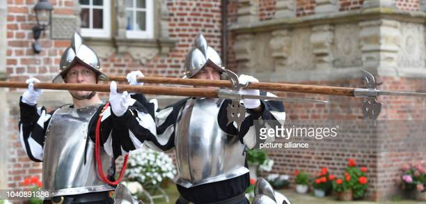 The hanseatic guards with Michael Thrun and Sebastian Dauth practice with the halberd in front of Schloss Erbhof in Thedinghausen, Germany, 20 August...