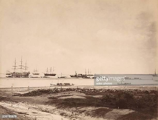 The harbour of Surabaya . Ca. 1875.