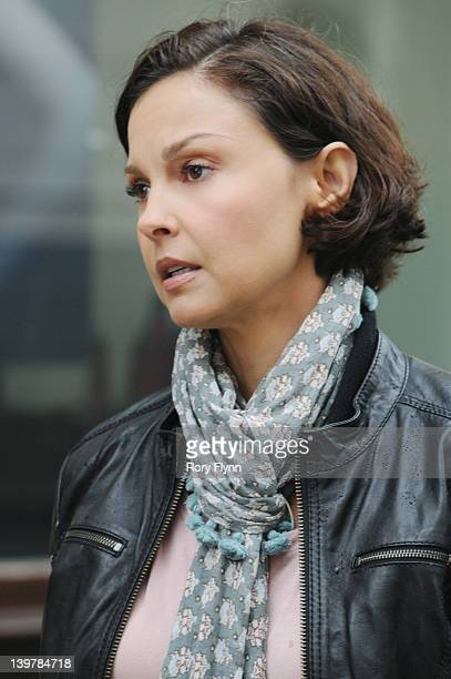 MISSING The Hard Drive As the search for her son Michael continues Becca makes a deal with the head of French Intelligence But the agreement comes...