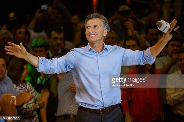 The Head of Government of the Autonomous City of Buenos Aires and presidential candidate for Cambiemos party Mauricio Macri speaks during the closing...