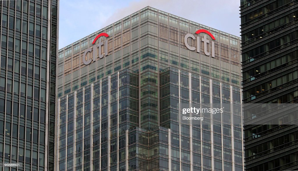 Leading American Banks In London : News Photo