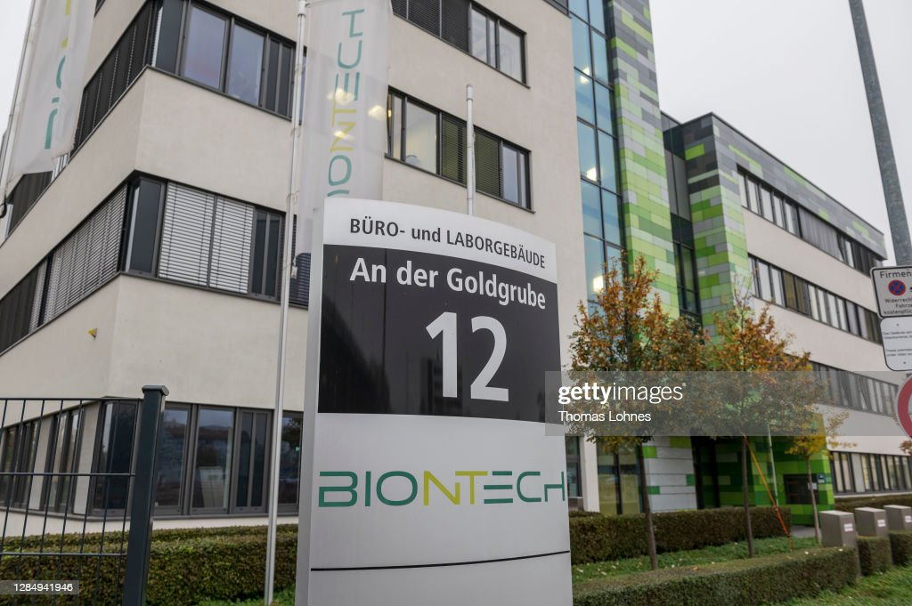 BioNTech And Pfizer Sign Contract With European Commission On Covid-19 Vaccine : News Photo